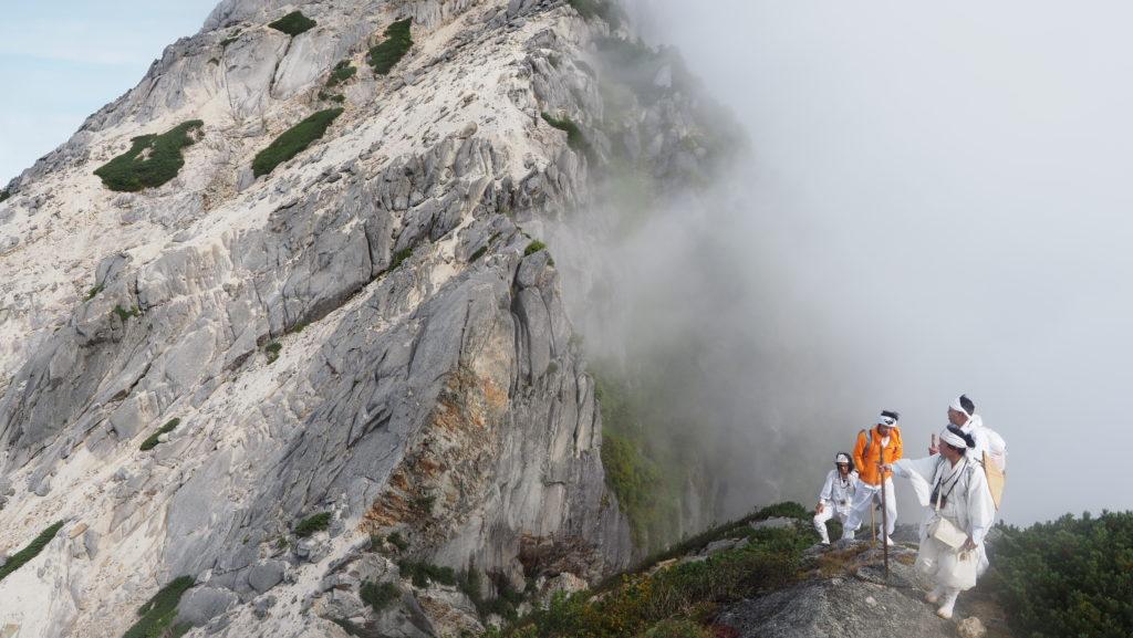 甲斐駒ヶ岳から摩利支天峰へ